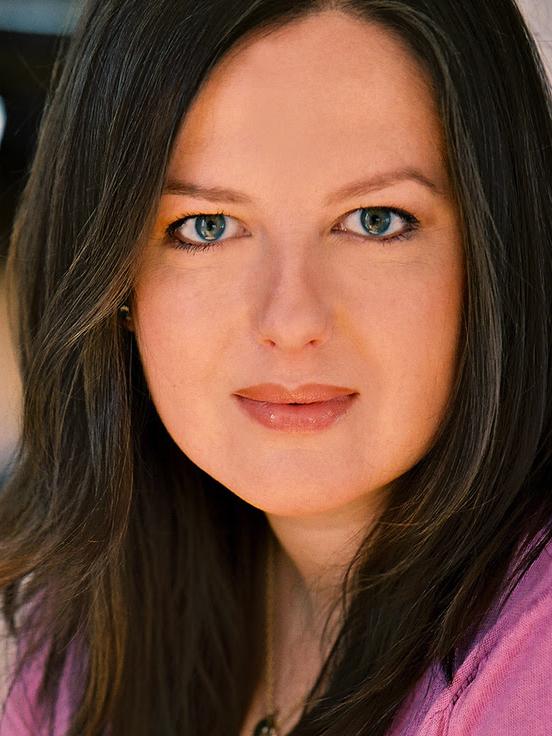 Headshot of Zuzanna Szadkowski